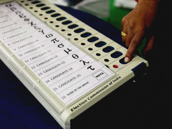 EC attempts to convince political parties by giving demo on EVM security features