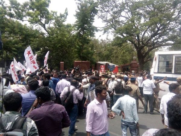 Students protest attack on beef fest organiser outside IIT-Madras gate.