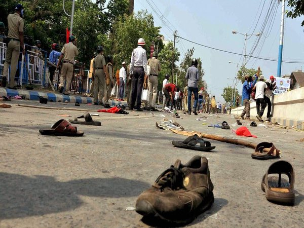 BJP's 'March to Lalbazar' turns violent, water canons used to disperse protestors