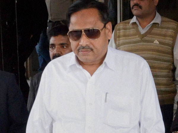 Naseemuddin Siddiqui accuses Mayawati of calling Muslims 'traitors'