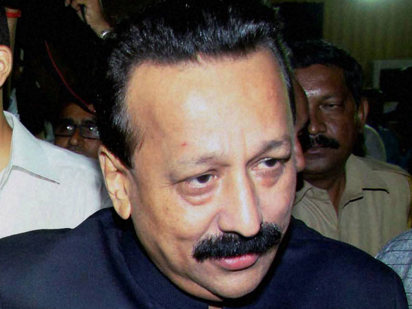 ED searches on Congress leader Baba Siddique, others in money laundering case