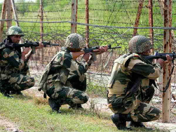 Jawans guarding the border