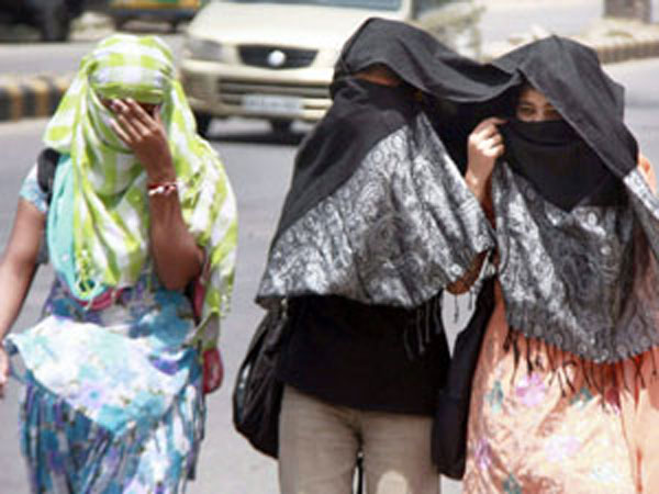 Heat wave intensifies in Uttar Pradesh, 2 dead
