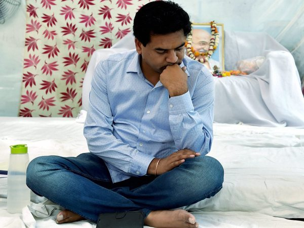Kapil Mishra's condition weakens, promises another anti-AAP 'expose'