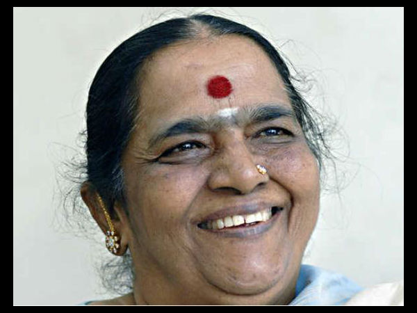 Parvathamma Rajkumar, Wife Of Late Dr Rajkumar, Passes Away