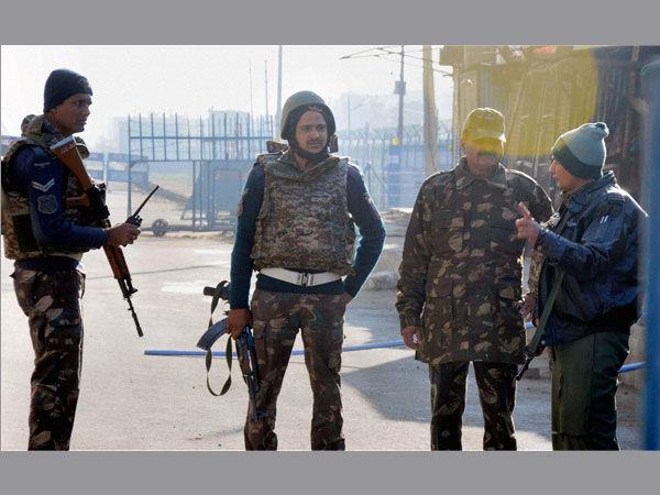 In Pathankot, unidentified bag found day after manhunt for 3 'suspicious' persons