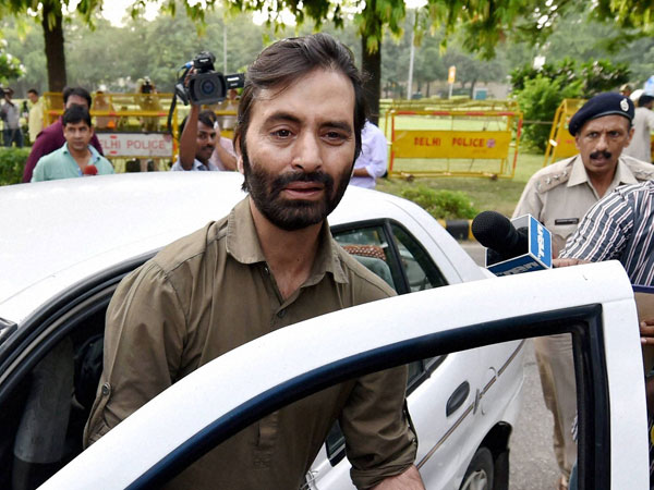 J&K: Separatist leader Yasin Malik detained in Srinagar