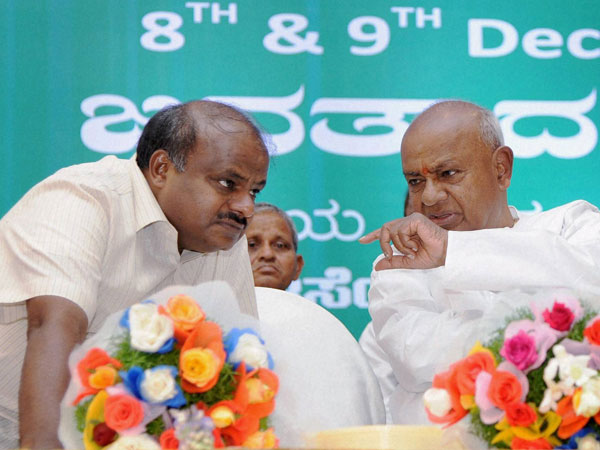 HC directs SIT not to arrest Kumaraswamy in mining case