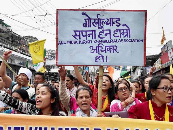 GJM youth wing take out 'tubelight' march in Darjeeling