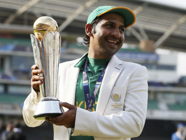 Sarfraz Ahmed celebrates with the Champions Trophy