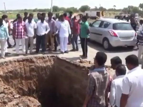 In pursuit of Shivalinga, villagers dig up a national highway in Warangal