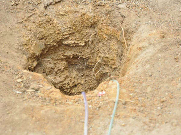 Efforts on to save toddler girl who fell in borewell in Telangana
