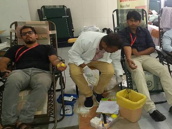 Blood donation campt at Tech Mahindra, Electronic City
