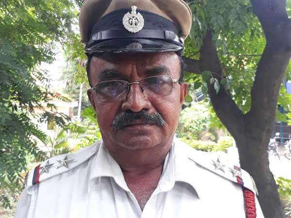 Bengaluru cop stops President Pranab Mukherjee convoy; surprisingly, gets rewarded for it!