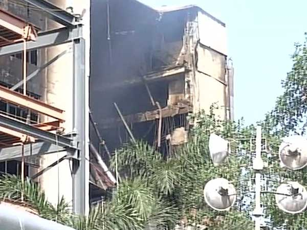 Chennai's Silks Building starts collapsing as fire rages on