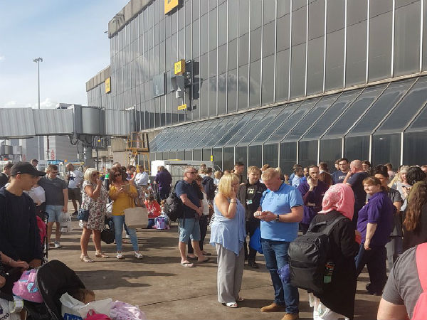 Manchester airport terminal evacuated after suspicious bag found