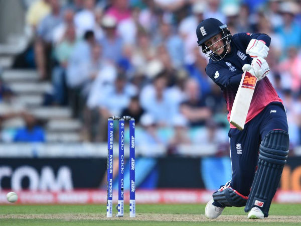 England's Woakes injured out of rest of Champions Trophy