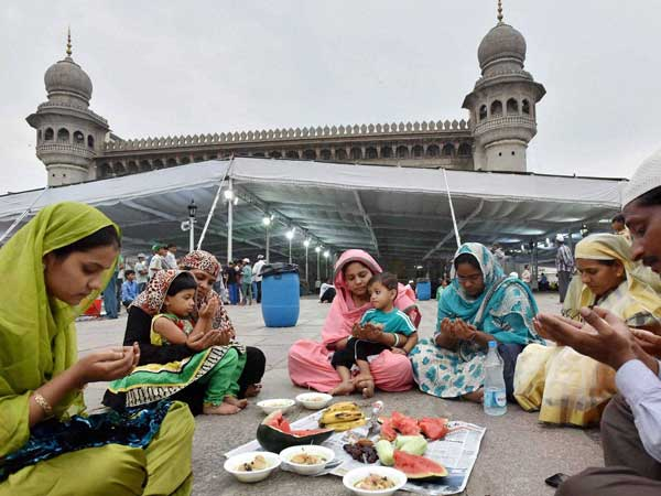 Temple organises iftar party for all in Malappuram