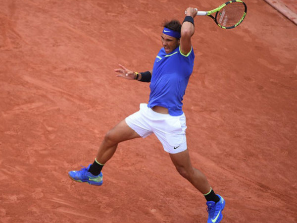 Nadal enters French Open semis as Carreno Busta retires