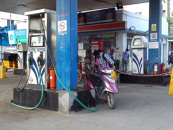 'Amma petrol bunks' at 10 places across State soon
