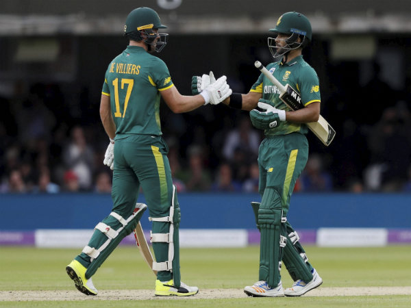 Amla, de Villiers propel South Africa to 96-run win