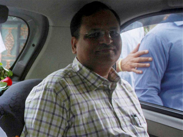 CBI quiz AAP minister Satyendra Jain's wife over money laundering allegations