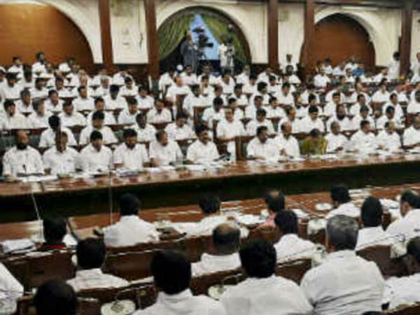 Pay offs row, DMK stages walk out from Tamil Nadu Assembly class=