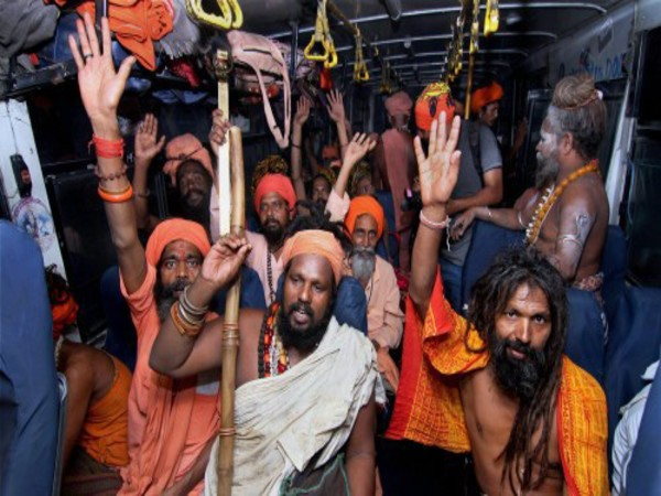Sadhus on way to Amarnath