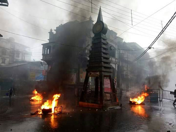 Tyres being burnt in Kalimpong town