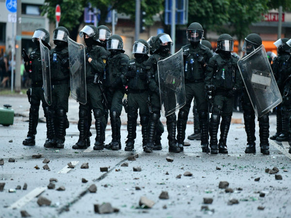 Third night of G20 clashes between police, protesters