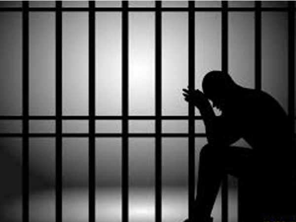 Extra time spent in jail, convict to get Rs 2 lakh compensation in Maharashtra
