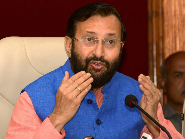 <strong>Ranchi to host main event on Yoga Day, Javadekar confirms</strong>