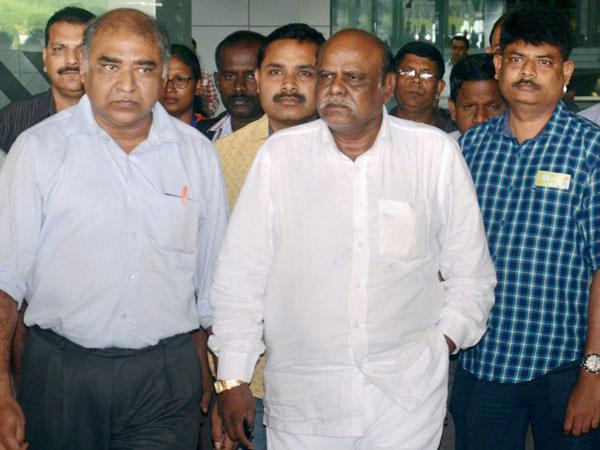 Justice Karnan petitions newly sworn-in President Kovind