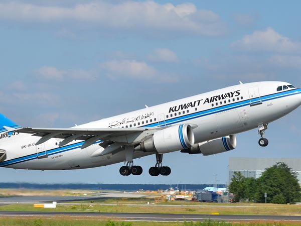 US lifts laptop ban on Kuwait airline