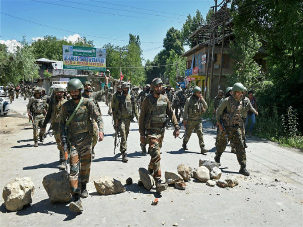 J-K: Internet services shut in Anantnag; schools closed after 3 terrorists killed