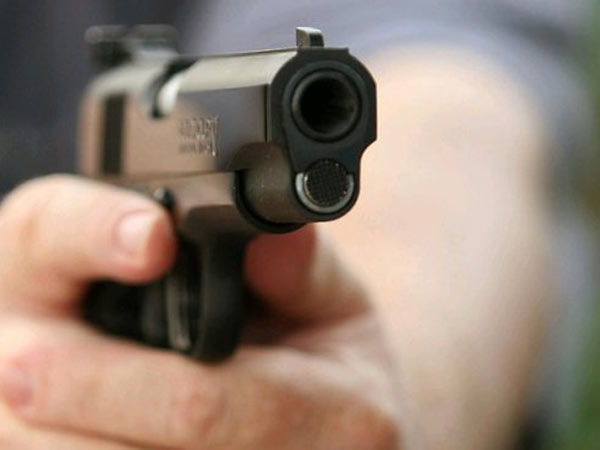 Builder shot dead in Pune
