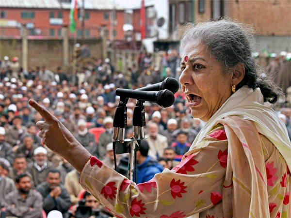 Ambika Soni, Rajya Sabha MP from Punjab resigns from the Congress