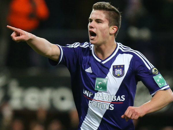 Anderlecht Manager All-But Confirms Midfielder's Move to Manchester United