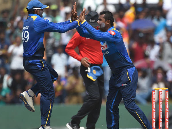 Mendis, Tharanga lifts Sri Lanka to 316