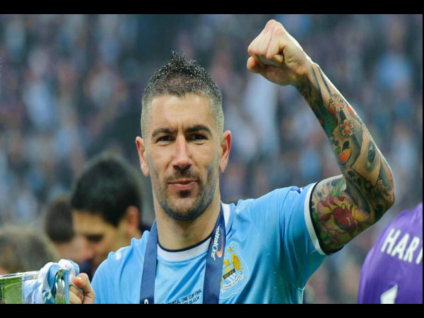 Keeper Aleksandar Kolarov exits Manchester City for AS Roma