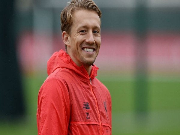 Liverpool consider Lazio's £5m offer for midfielder Lucas Leiva