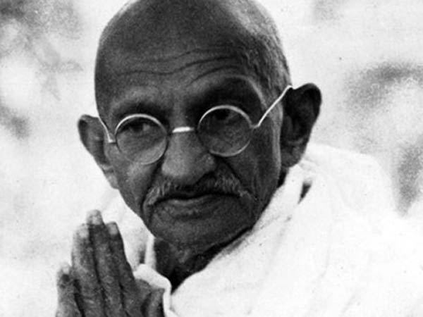 Pencil portrait of Mahatma Gandhi to go under hammer in UK