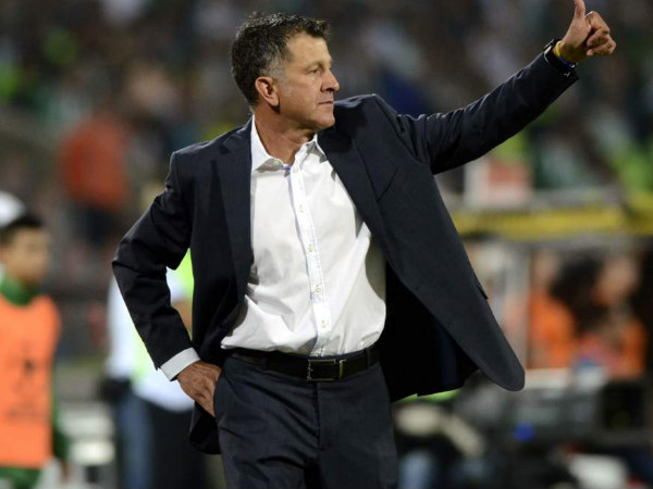 Federation Internationale de Football Association suspend Mexico's national coach Juan Carlos Osorio