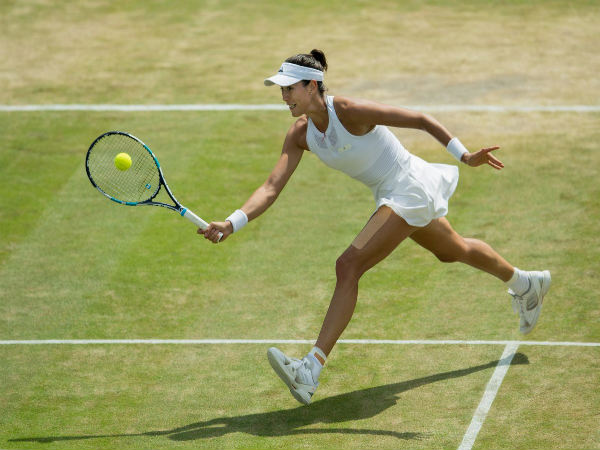 Wimbledon : Top seed Kerber moves into third round