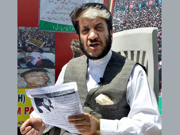 Kashmiri separatist leader Shabir Shah arrested for terror funding