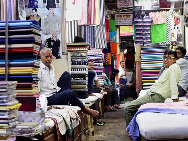 GST effect: Sell goods at revised MRP, says Govt to manufacturers