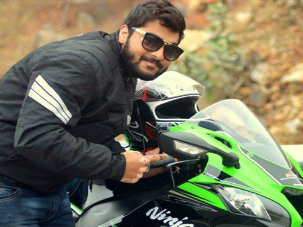 Delhi: 24-year-old dies after racing with friends