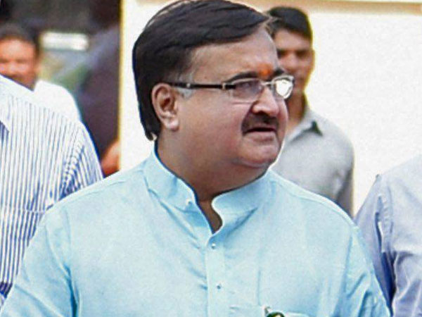 Assets of 'corrupt' Maharashtra minister grew from 2 crores to 32 crores in 10 years