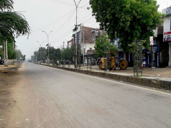 Scene of a street in Haryana following curfew
