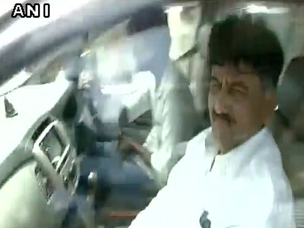 IT raids continue at premises of Karnataka Minister Shivkumar